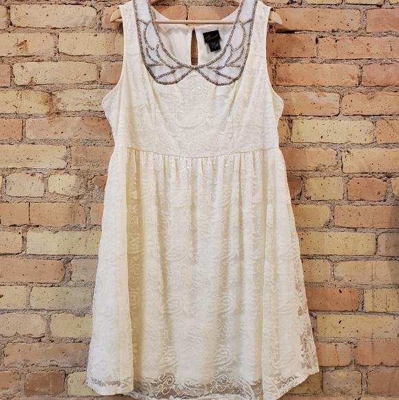 torrid Dresses & Skirts - Torrid Ivory Lace Babydoll Dress